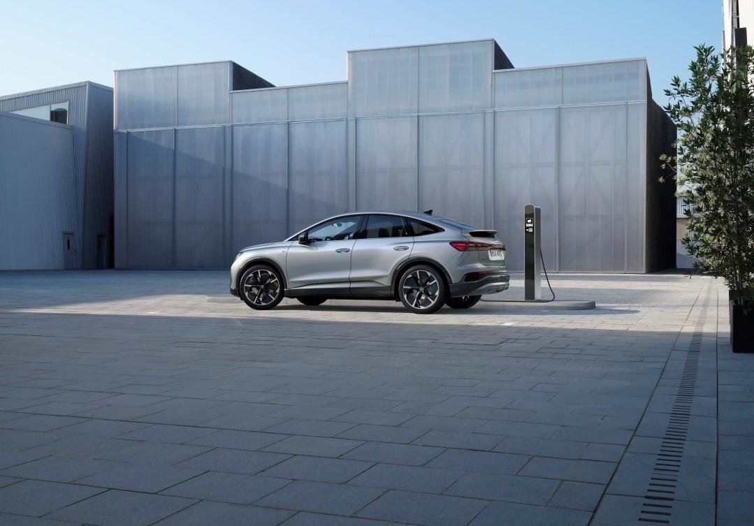 Mer el. Mer sport. Nya Audi Q4 Sportback e-tron.